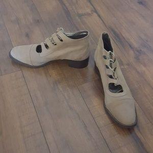 Vintage - Designs for RJS Tan Suede Booties